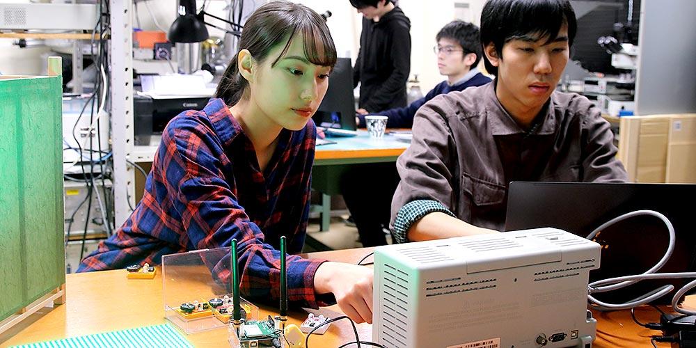 電気情報工学科