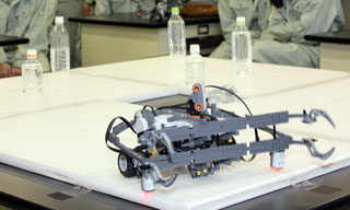 LEGO MINDSTORMS EV3 を利用したロボットコンテスト(3年)