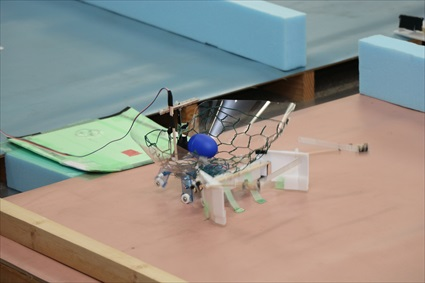 6足歩行ロボットをつくろう製作講習会(小学生の部)