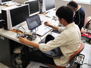 専門科目の様子(電子制御工学科1年)